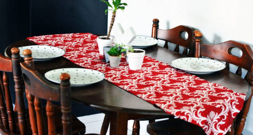 Trendy Dining Table Decor Ideas Small Tables
