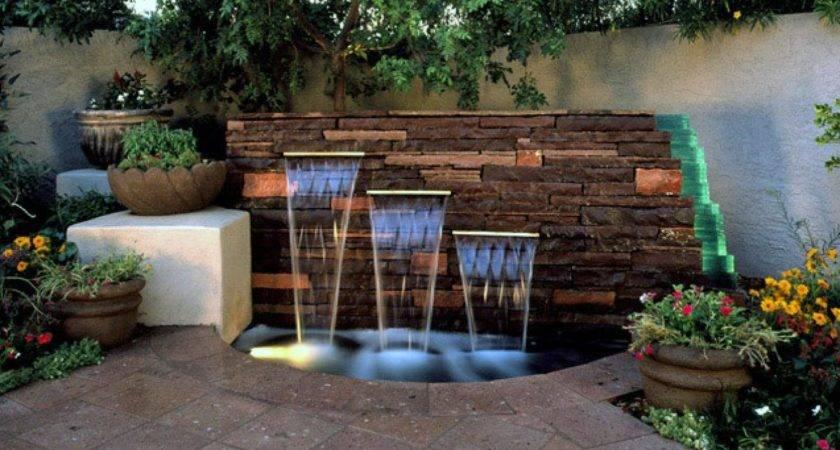 Waterfeature Holt Stockton Fountain Rend Hgtvcom