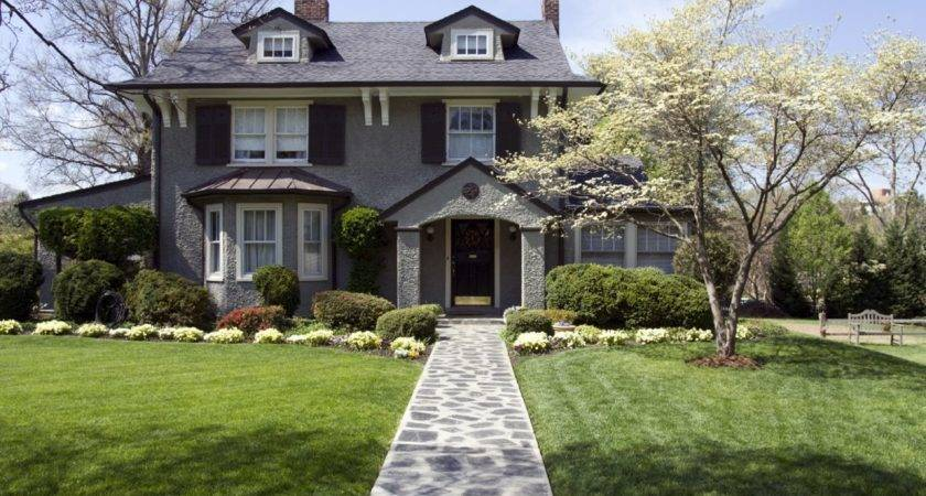Ways Increase Curb Appeal Without Spending Money
