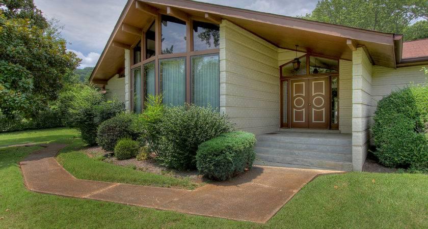 Welcome Carnavon Pkwy Nashville Home Represents