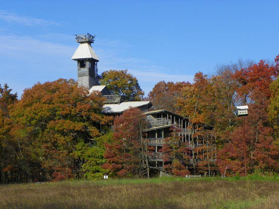 World Largest Treehouse Built Divine Inspiration Crossville